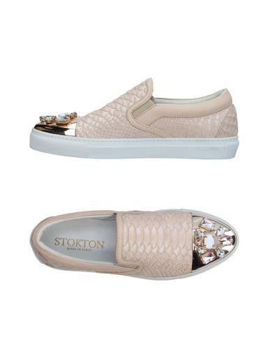 Фото - Низкие кеды и кроссовки от STOKTON цвет песочный
