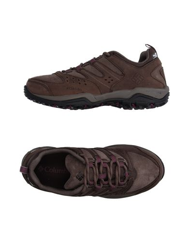 Низкие кеды и кроссовки COLUMBIA 11132089DX