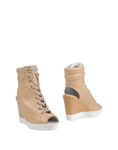 Полусапоги и высокие ботинки от HOGAN REBEL