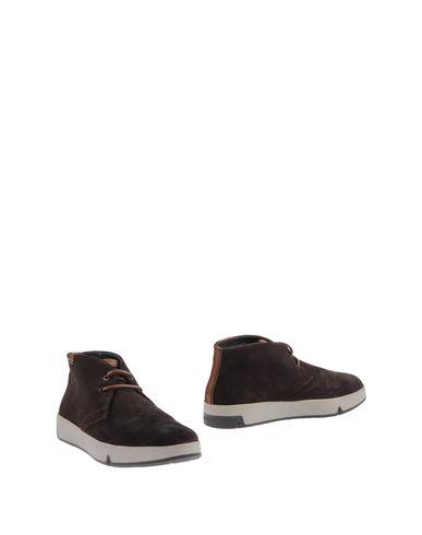 Фото - Полусапоги и высокие ботинки от STONEFLY темно-коричневого цвета