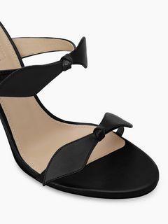 Mike sandal
