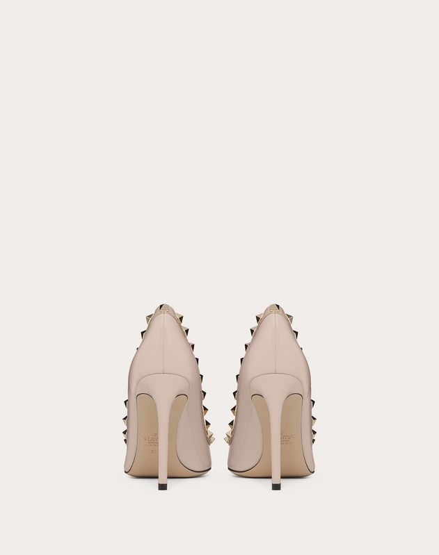 Escarpins Rockstud vernis. Talon : 100 mm