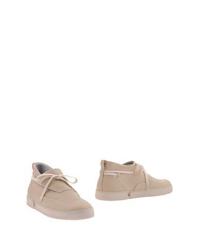Полусапоги и высокие ботинки от CASBIA