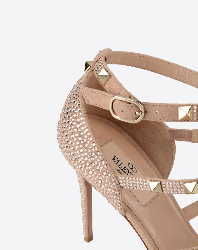 Rockstud sandal with crystals