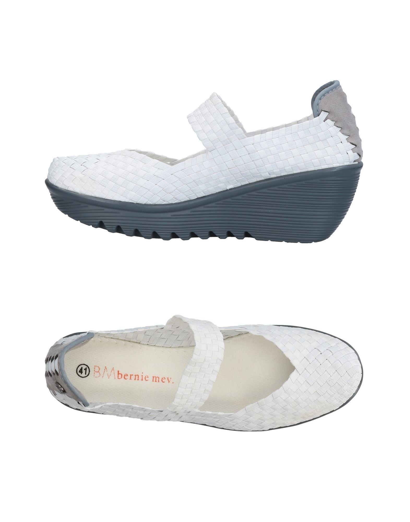 BERNIE MEV. Pumps. techno fabric, no appliqués, solid color, round toeline, unlined, rubber sole, wedge heel. Textile fibers