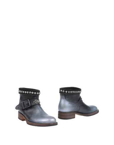 HTC FOOTWEAR Ankle boots Women on YOOX.COM
