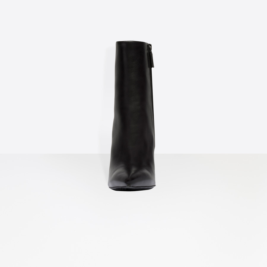 BALENCIAGA Bistrot Booties Bistrot Shoes D i