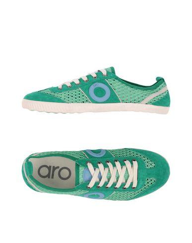 Низкие кеды и кроссовки от ARO