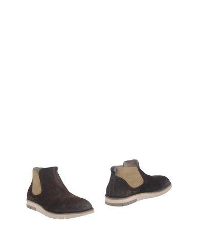 Полусапоги и высокие ботинки MOMA 11163044KH