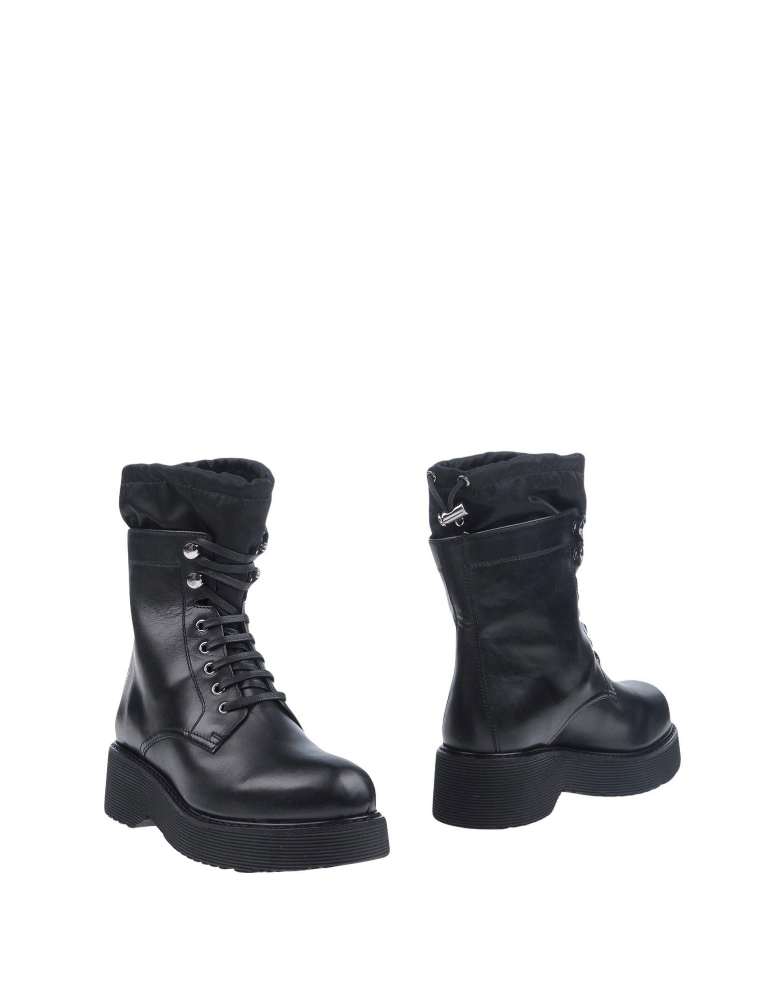 PRADA SPORT Полусапоги и высокие ботинки ботинки prada ботинки