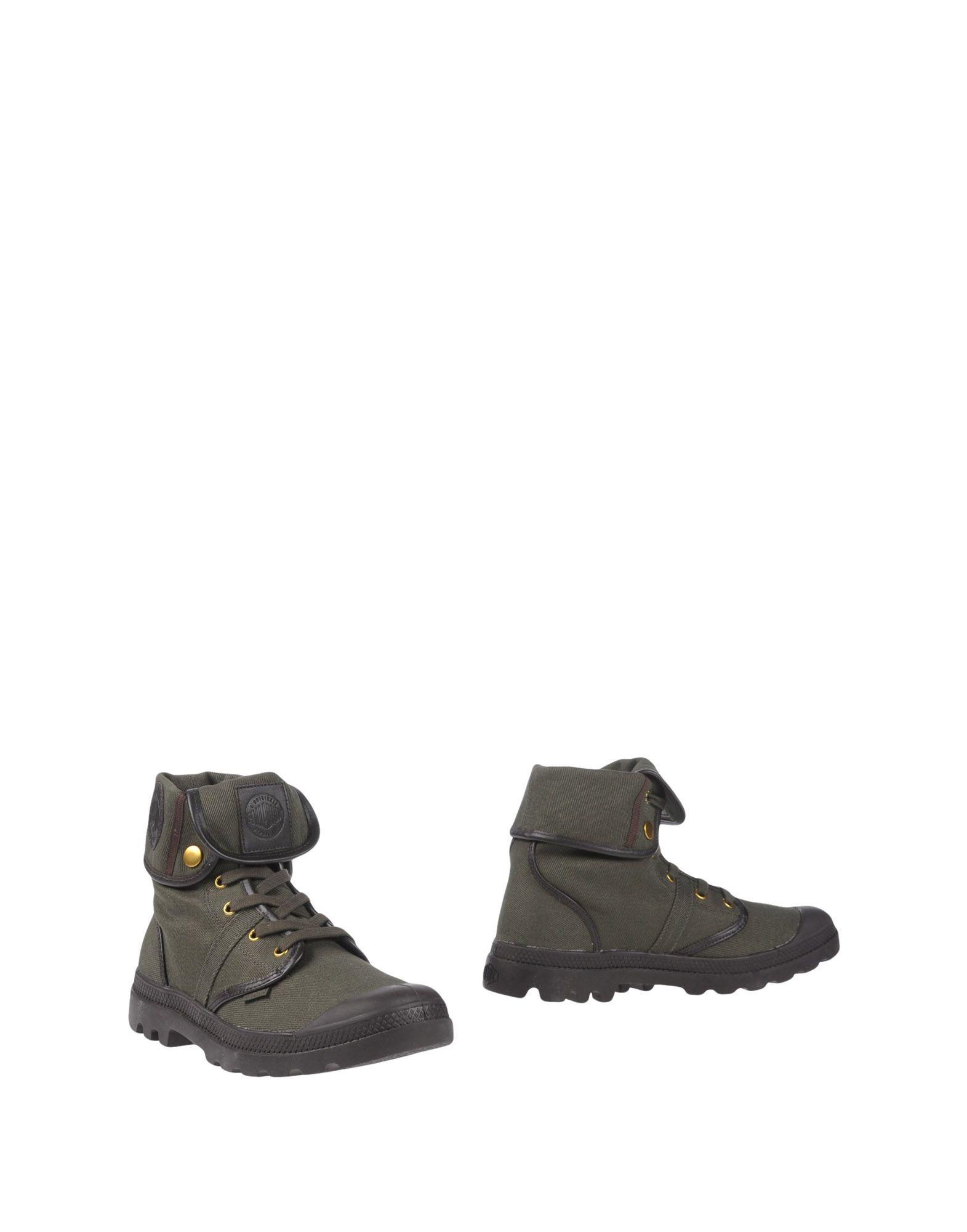 PALLADIUM Boots in Military Green