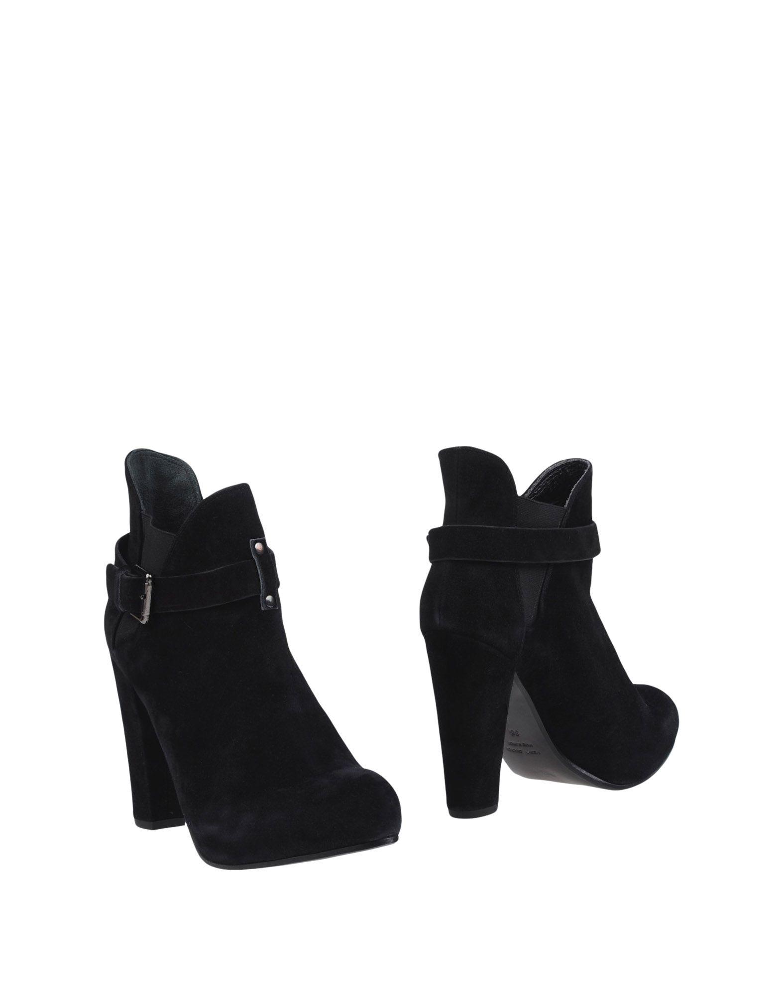 LATITUDE FEMME Полусапоги и высокие ботинки цены онлайн