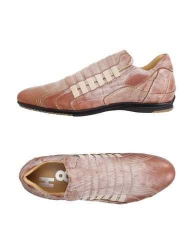 Низкие кеды и кроссовки ALEXANDER HOTTO 11186656VQ