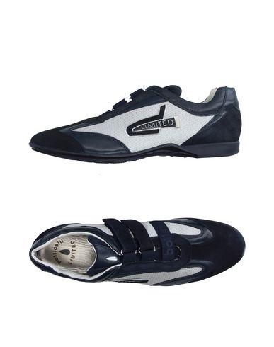 Низкие кеды и кроссовки BOTTICELLI LIMITED 11199442FF