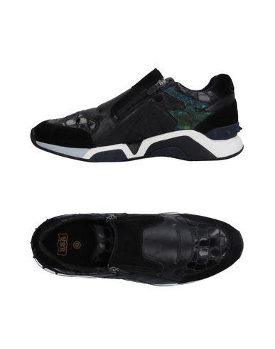 Низкие кеды и кроссовки ASH 11213081TV