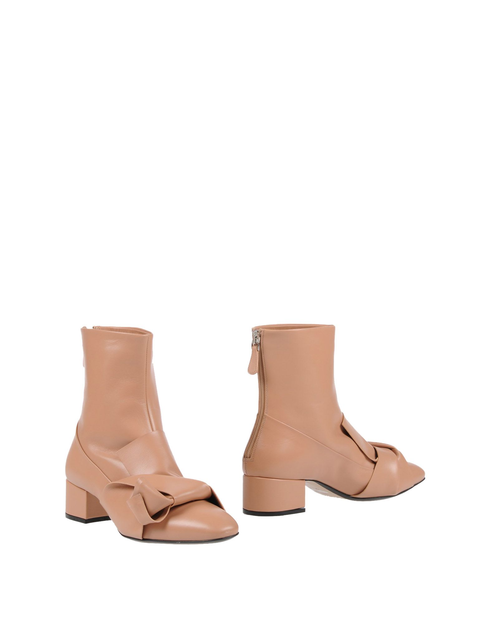 ФОТО n° 21 Полусапоги и высокие ботинки