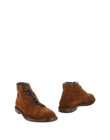 Фото - Полусапоги и высокие ботинки цвет какао