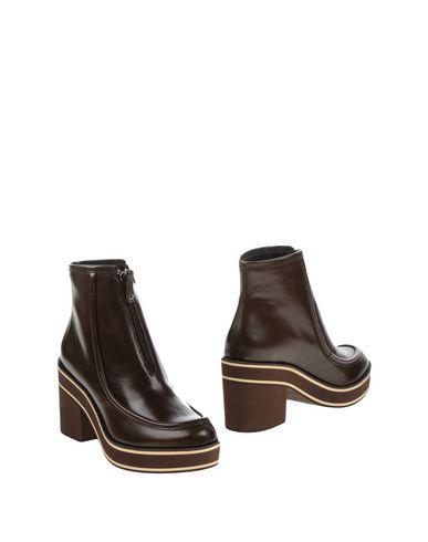 Фото - Полусапоги и высокие ботинки от PALOMA BARCELÓ коричневого цвета