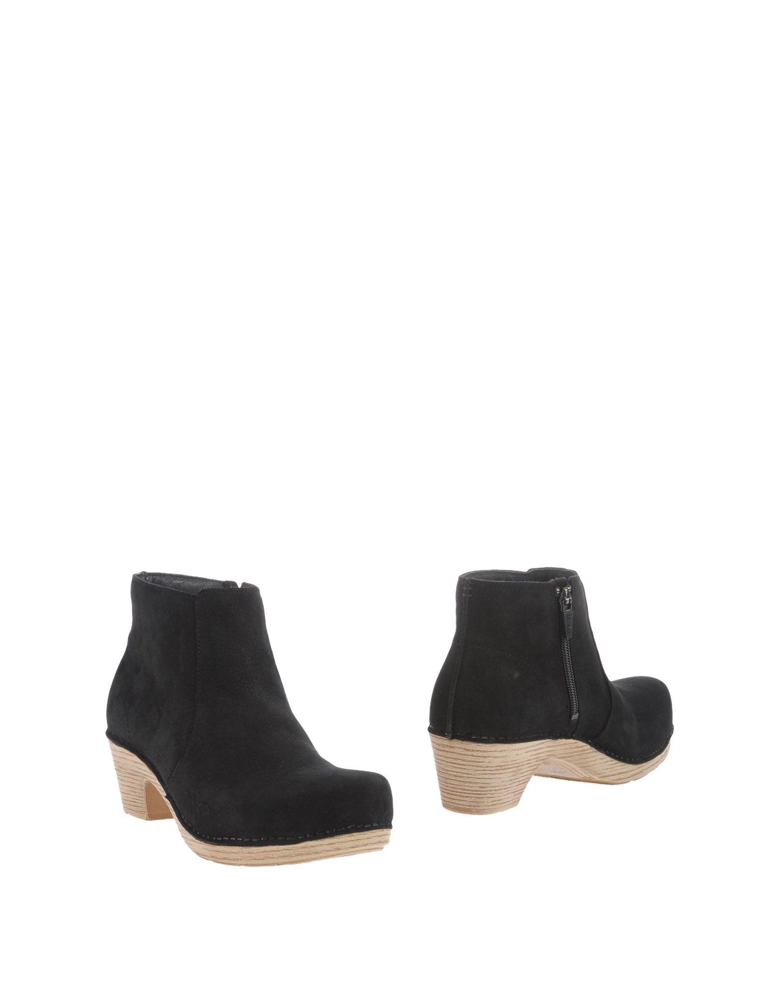 DANSKO Полусапоги и высокие ботинки