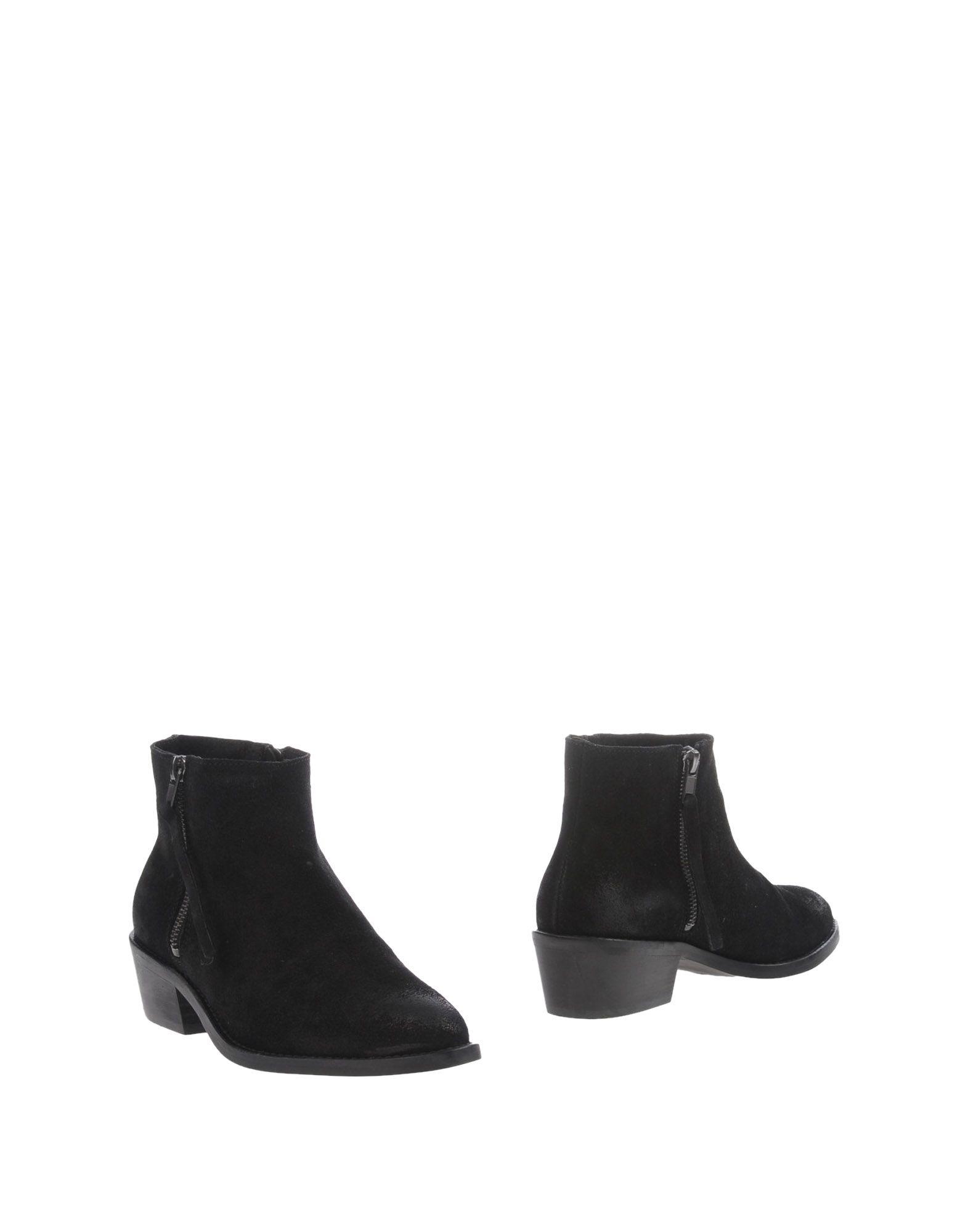 PIECES Полусапоги и высокие ботинки
