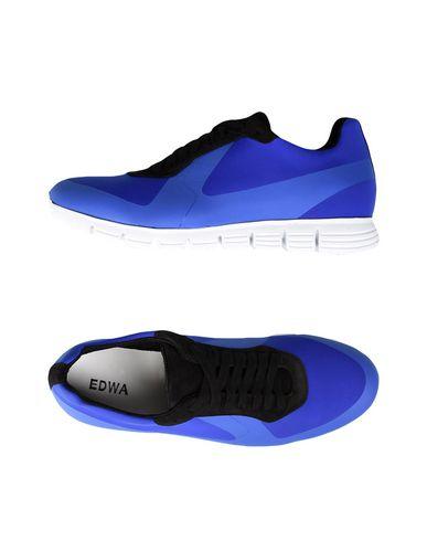 Низкие кеды и кроссовки от EDWA