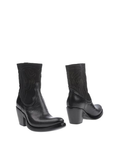 Полусапоги и высокие ботинки ROCCO P.