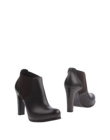 Полусапоги и высокие ботинки от EMANUELA PASSERI