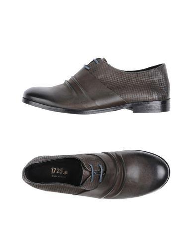 1725.A Chaussures à lacets femme