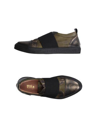 Низкие кеды и кроссовки от 1725.A