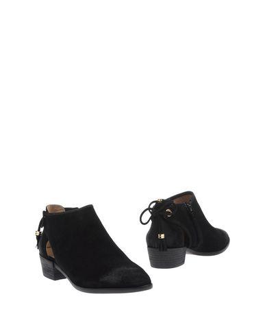 Фото - Женские ботинки и полуботинки  черного цвета