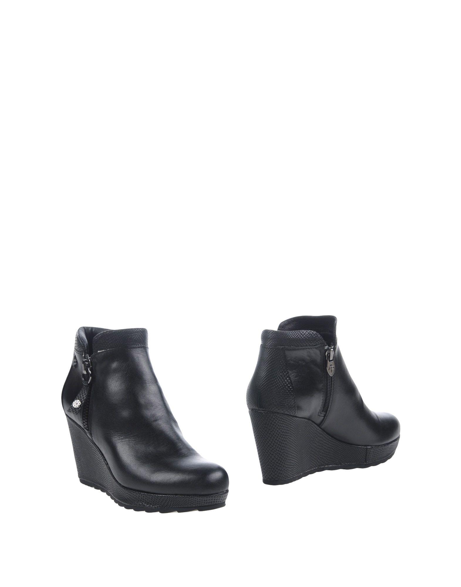 《送料無料》APEPAZZA レディース ショートブーツ ブラック 39 革 / 紡績繊維