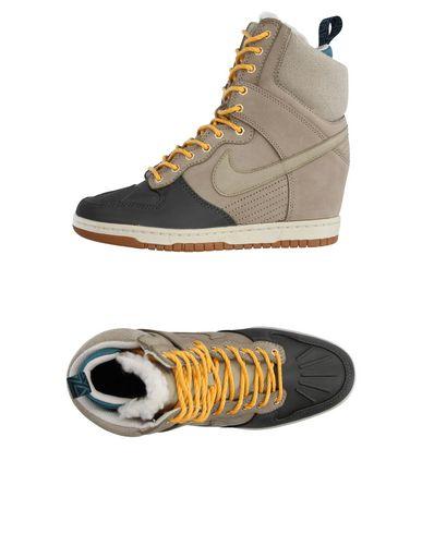 Высокие кеды и кроссовки NIKE 11222039PA