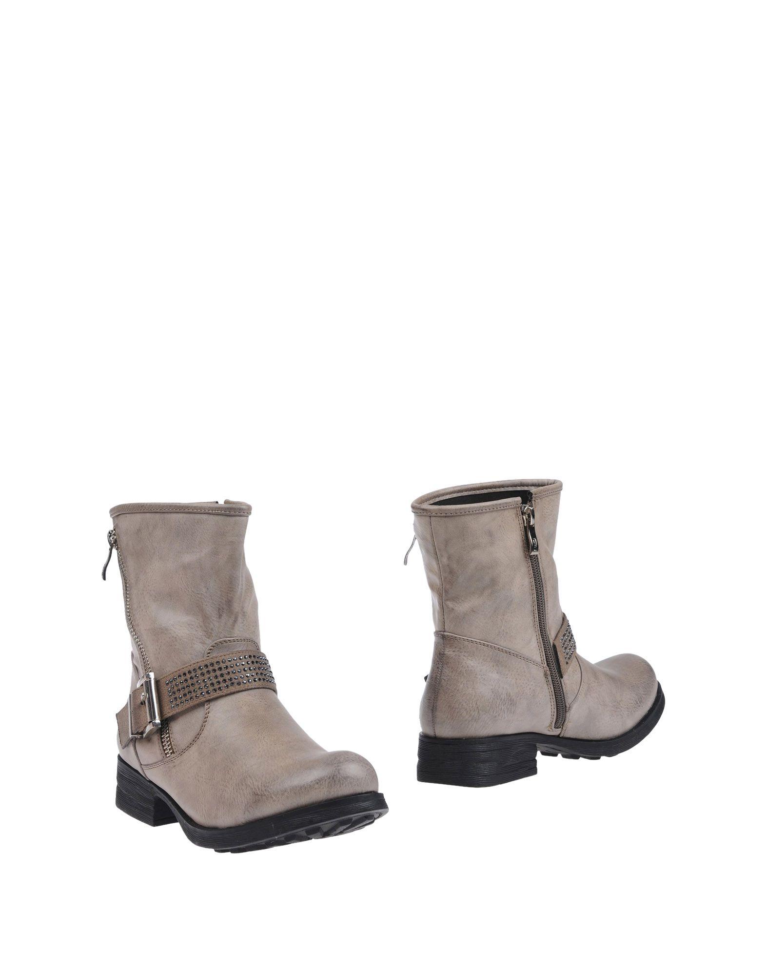 купить O6  Milano Полусапоги и высокие ботинки дешево