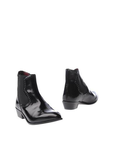 Полусапоги и высокие ботинки от BACIAMI
