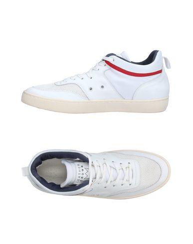 Низкие кеды и кроссовки от LEATHER CROWN