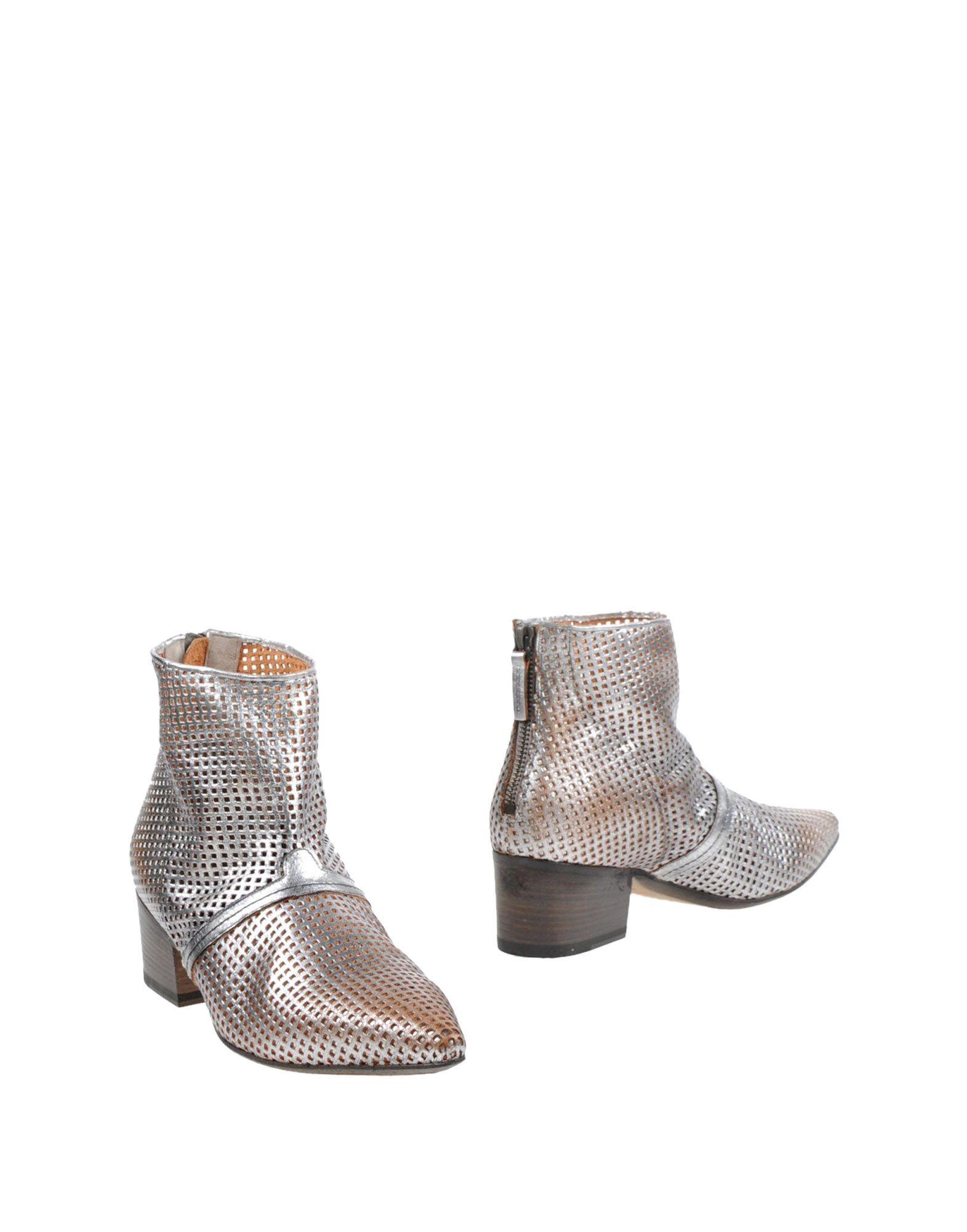 SETTIMA Ankle Boot in Silver