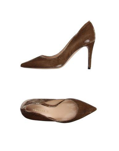 Фото - Женские туфли  цвета хаки