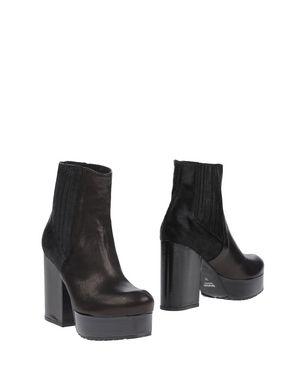 TIPE E TACCHI Damen Stiefelette Farbe Schwarz Größe 9