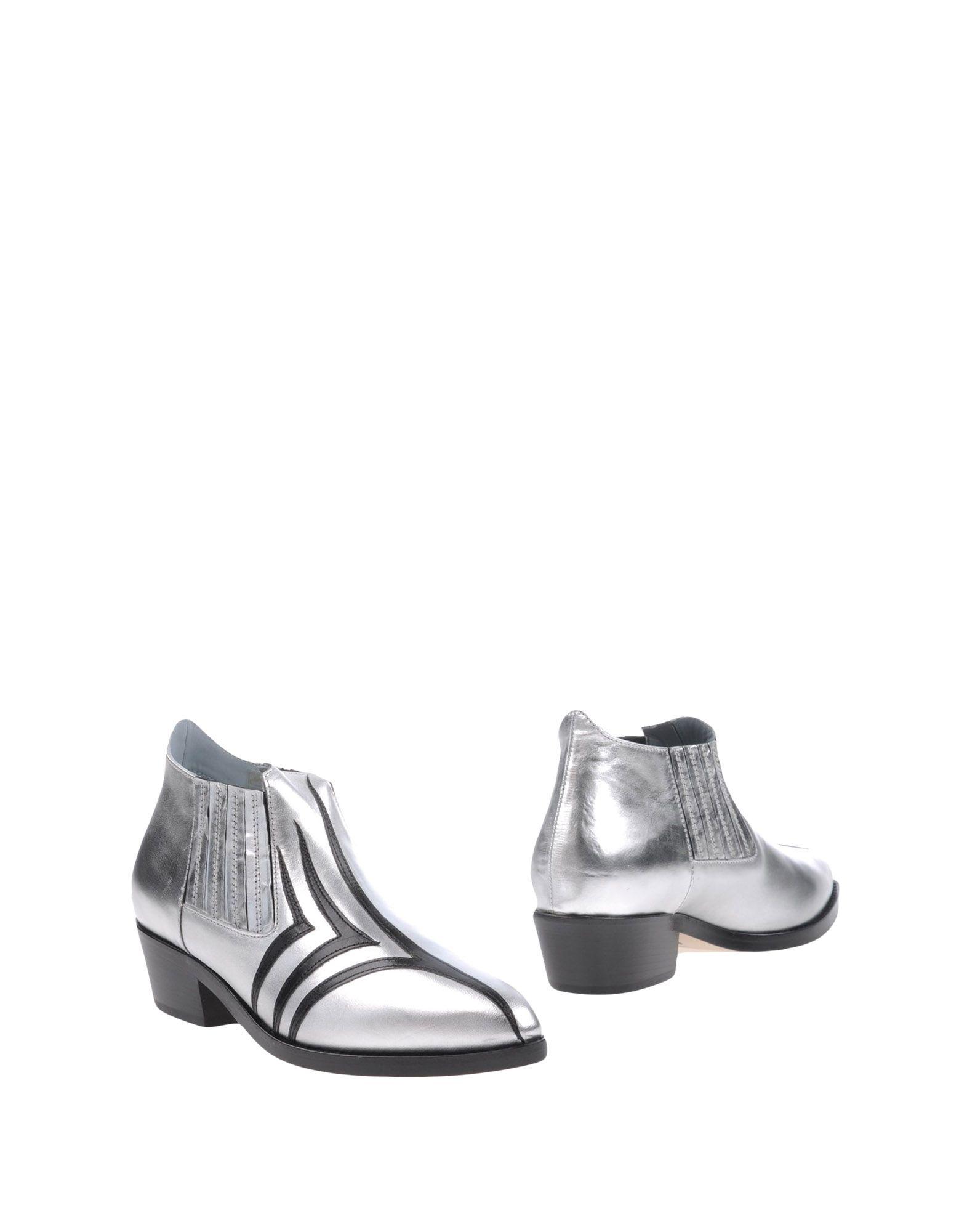 CHIARA FERRAGNI Полусапоги и высокие ботинки купить футбольную форму челси торрес