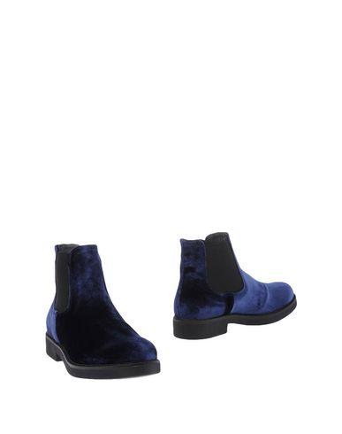 OROSCURO Полусапоги и высокие ботинки  недорого
