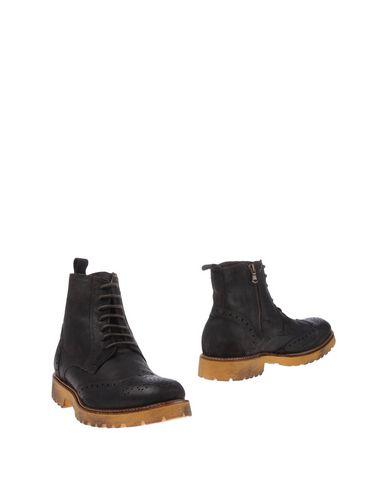 Полусапоги и высокие ботинки от 1° GENITO