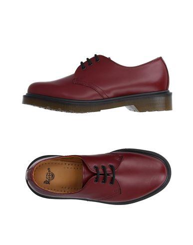 Фото - Обувь на шнурках красно-коричневого цвета