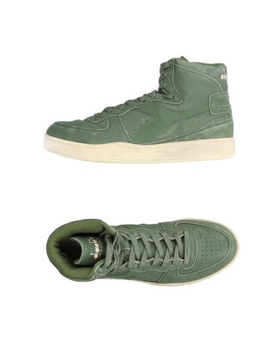 Фото - Высокие кеды и кроссовки зеленого цвета