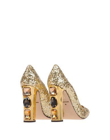 Фото 2 - Женские туфли  золотистого цвета