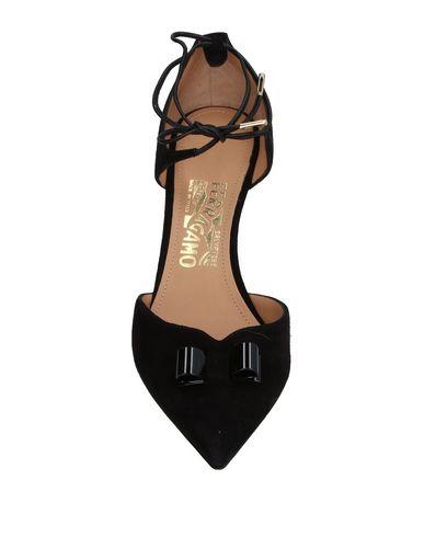 Фото 2 - Женские туфли  черного цвета