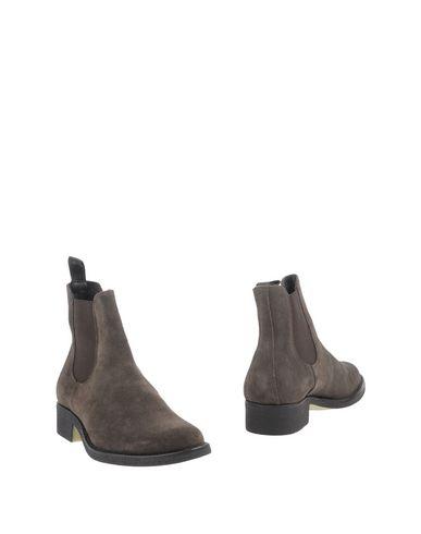 Полусапоги и высокие ботинки от ANDERSON