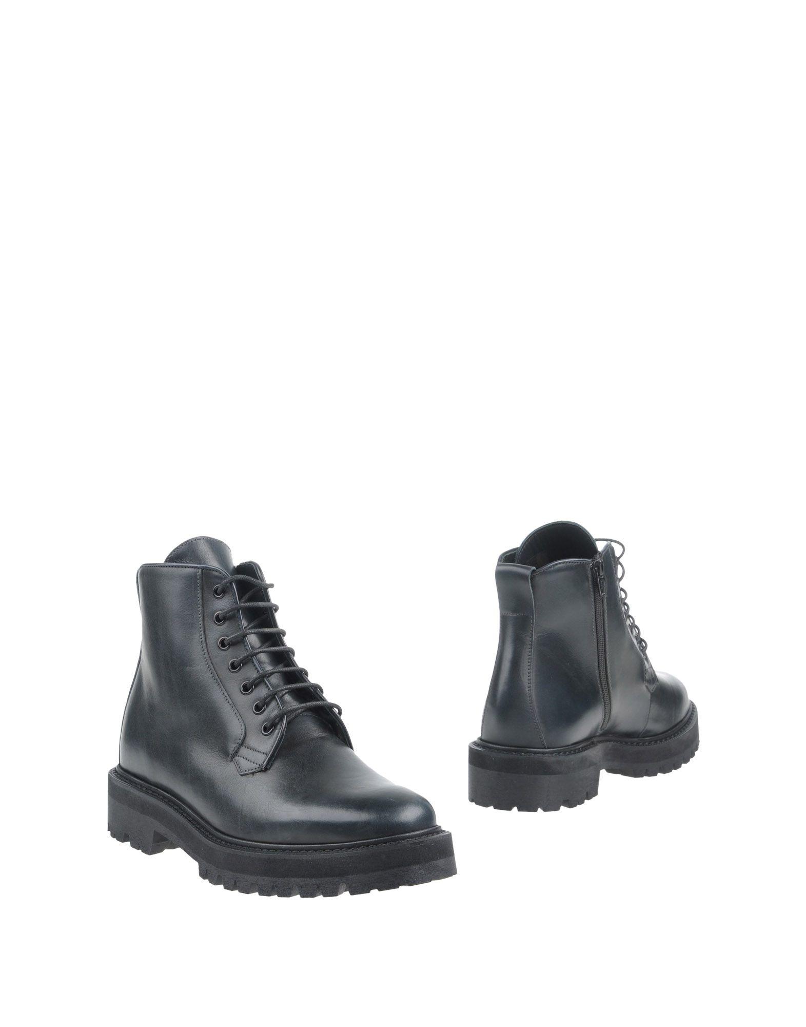 где купить  LEATHER CROWN Полусапоги и высокие ботинки  по лучшей цене