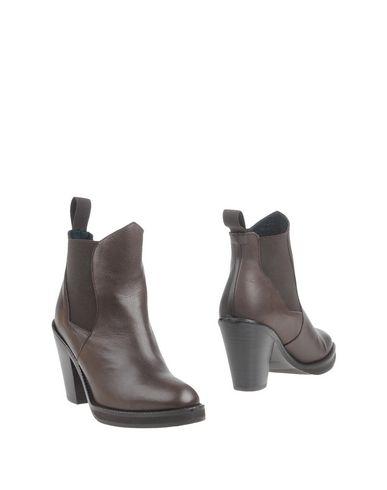 EQÜITARE Полусапоги и высокие ботинки  недорого
