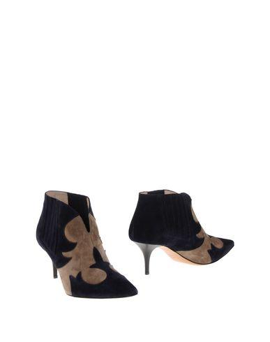 Полусапоги и высокие ботинки от ALLOOORA