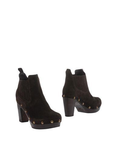 Полусапоги и высокие ботинки от ARGILLA
